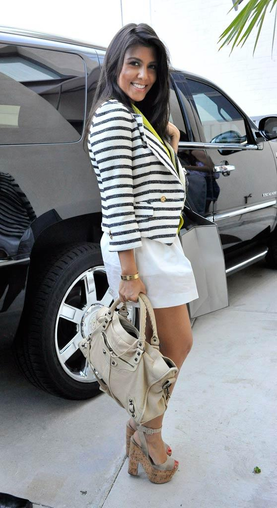 Kourtney Kardashian ShoppingBH