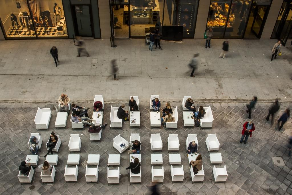 German consumer confidence hits 13.5-year high