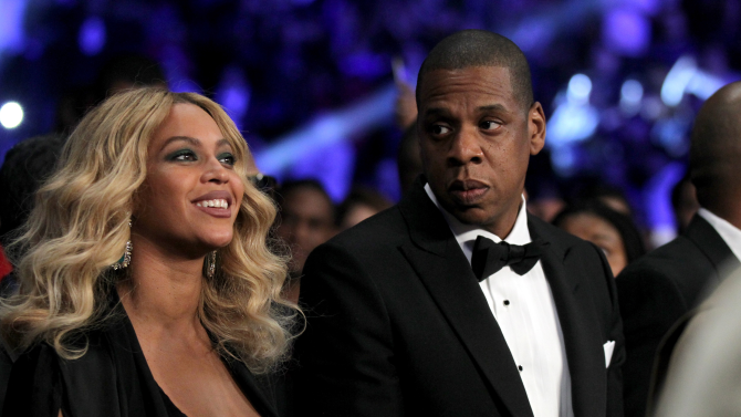Jay Z sent Bey 10K Roses Before the Super Bowl And More News