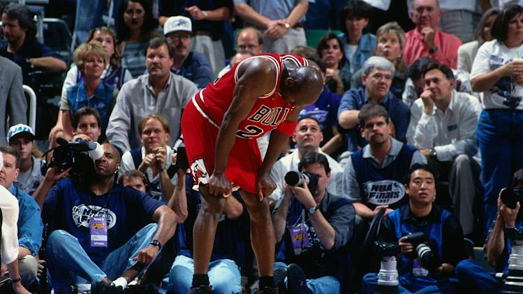 Ball boy puts Michael Jordan shoes up for auction