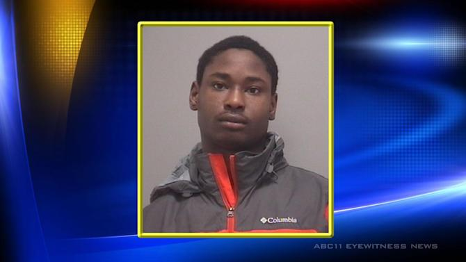 Police: Teen pretended to want car before stealing it