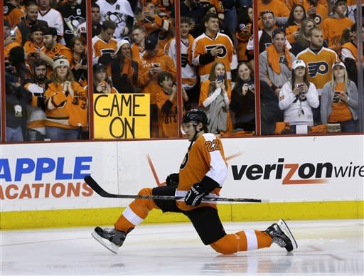 Penguins spoil Flyers' opener in 3-1 win