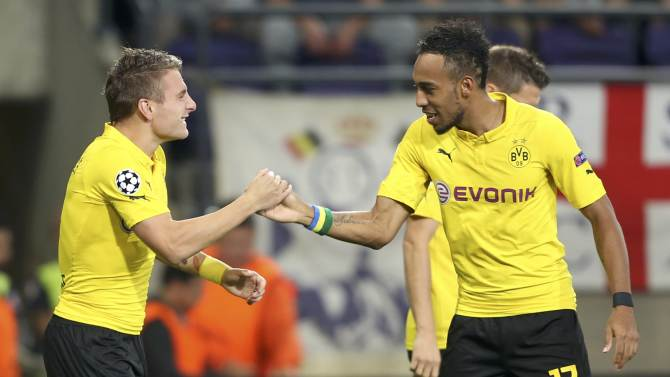 Borussia Dortmund's Immobile celebrates his goal with team mate Aubameyang during their Champions League group D soccer match against Anderlecht in Brussels