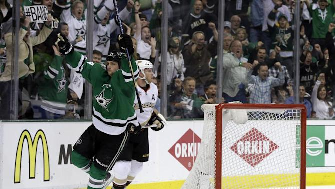 Lehtonen, Stars win 3-0 in Game 3 over Ducks