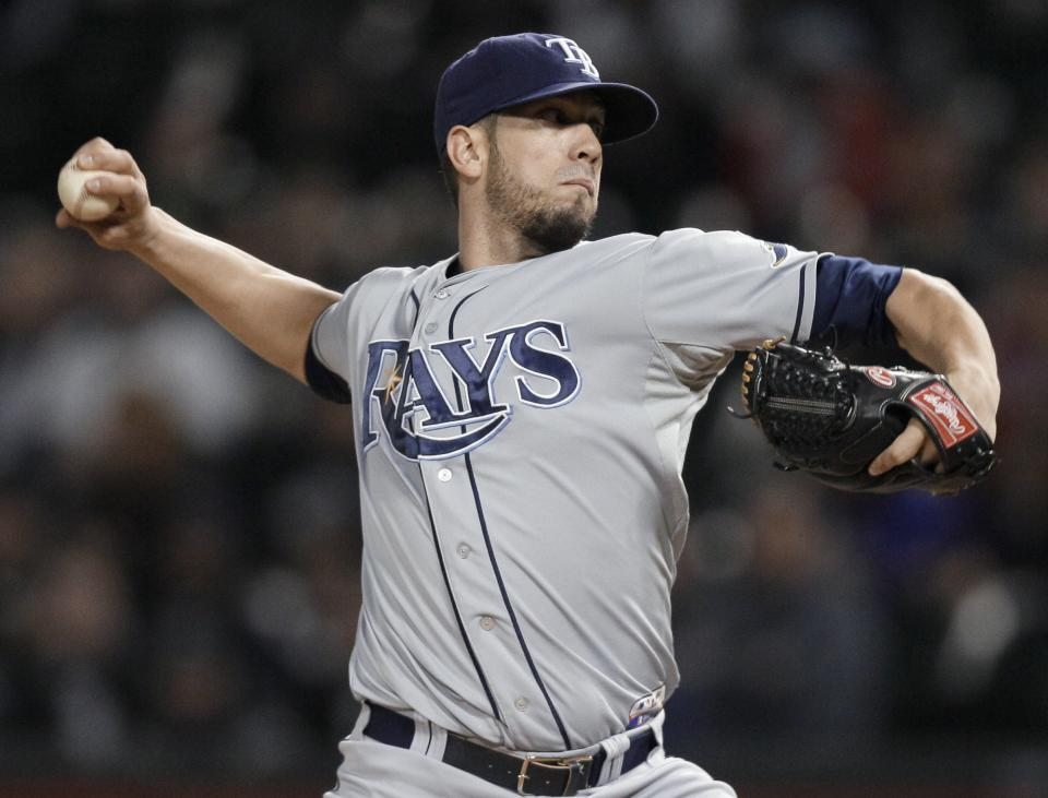 Tampa Bay Rays starter James Shields throws to a Chicago White Sox batter nduring the first inning of a baseball game in Chicago, Thursday, Sept. 27, 2012. (AP Photo/Nam Y. Huh)