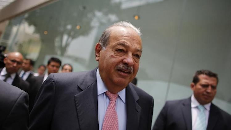 Mexican billionaire Slim arrives to the opening of the Inbursa Aquarium in Mexico City