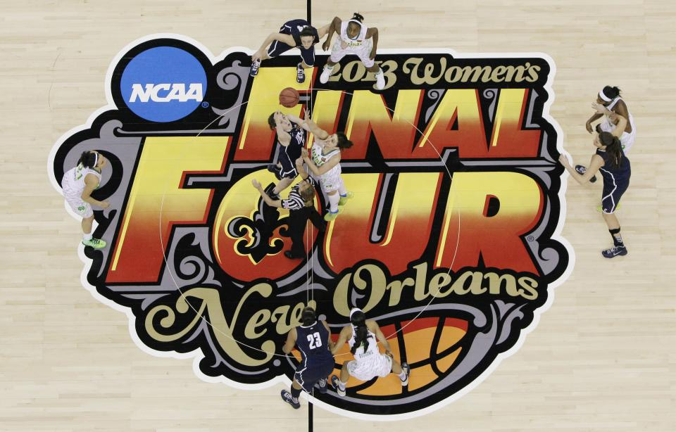 Connecticut forward Breanna Stewart (30) and Notre Dame forward Natalie Achonwa (11) tip the ball to begin the first half of a women's NCAA Final Four college basketball tournament semifinal, Sunday, April 7, 2013, in New Orleans. (AP Photo/Dave Martin)