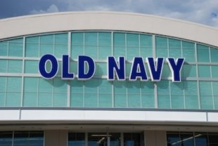 Shoplifters nabbed at Old Navy