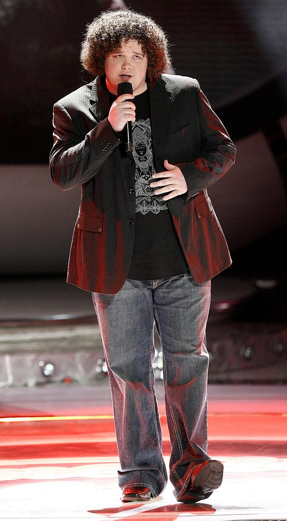 Chris Sligh performs as one of the top 12 contestants on the 6th season of American Idol.