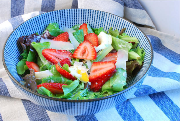 Savory Strawberry Salad with Buttermilk Dressing
