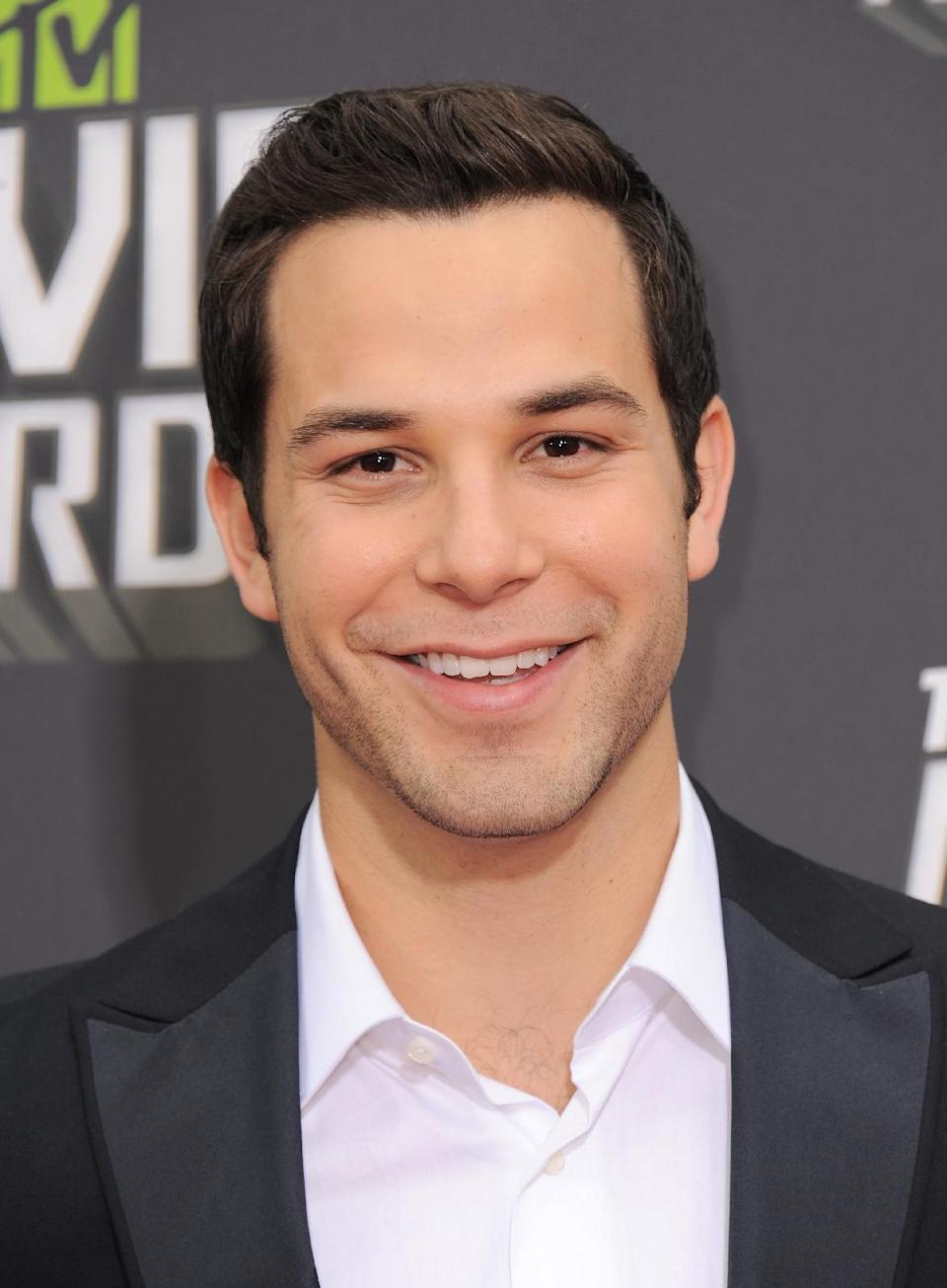 Skylar Astin arrives at the MTV Movie Awards in Sony Pictures Studio Lot in Culver City, Calif., on Sunday April 14, 2013. (Photo by Jordan Strauss/Invision/AP)