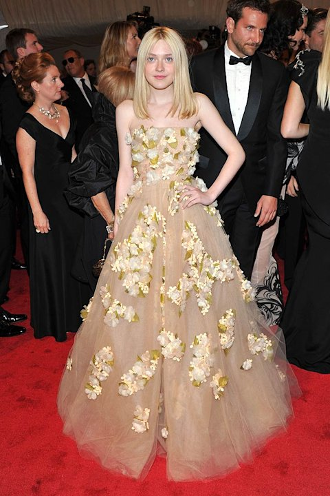 Dakota Fanning TheMET Gala