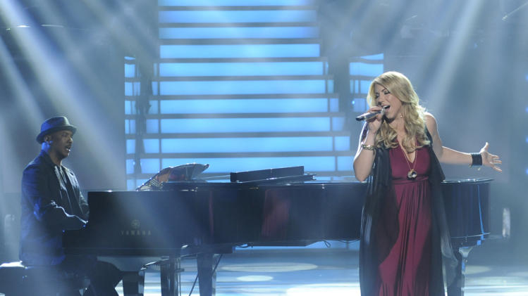 "Elise Testone performs ""Vienna"" by Billy Joel on ""American Idol."""