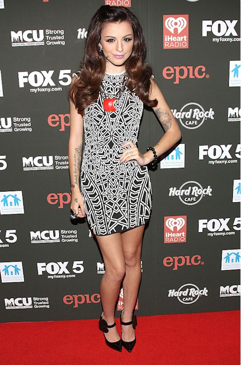 Sev-cher-lloyd-style-star-01-s2-jpg
