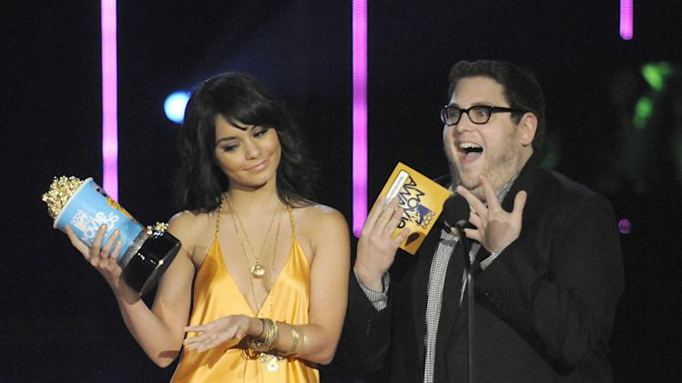 MTV Movie Awards Show Photos 2009 Vanessa Hudgens Jonah Hill