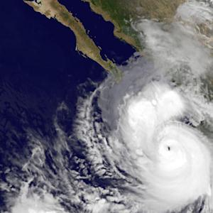 Los Cabos Braces for a Hit From Hurricane Polo