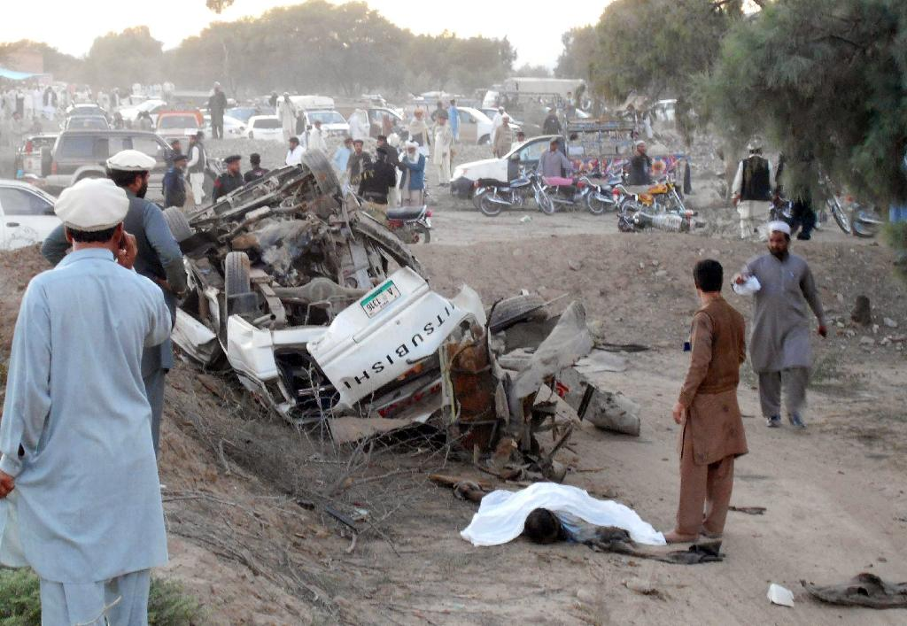 Two killed in bomb attack on Pakistan minister's convoy