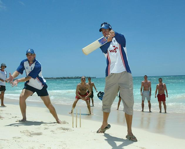 Vaughan and Hoggard Beach Cricket