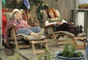 Lily Tomlin and Reba McEntire | Photo Credits: Nicole Wilder/ABC