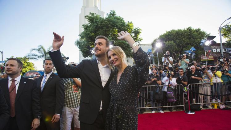 "Cast members Segel and Diaz wave at the premiere of ""Sex Tape"" in Los Angeles"
