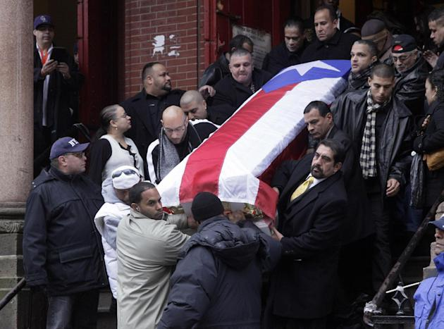 champ Hector 39 Macho 39 Camacho 39 s funeral brings family and fans