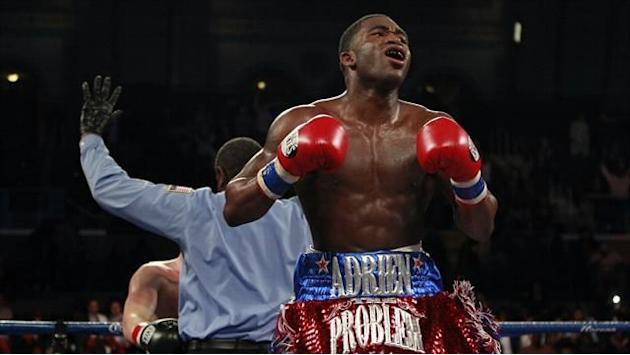 Boxing - Broner promises something special against 'bone cracking' Maidana