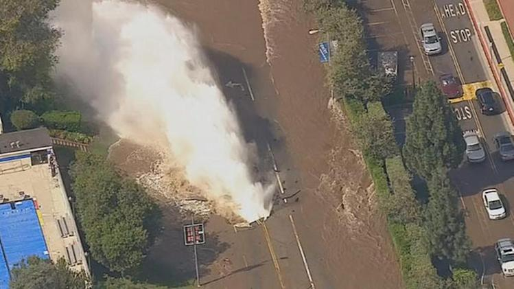 Water main break floods parts of UCLA campus