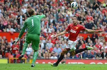 Van Persie: I feel at home at Manchester United