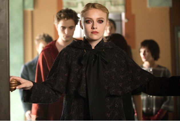 Dakota Fanning Twilight Saga New Moon Summit Production Photos 2009