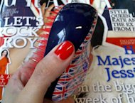 One of our favourite beauty tools has had a make-over in honour of, you've guessed it, the Queen's Jubilee! Not only is the Tangle Teezer 100% British, it also happens to be Grazia Beauty's hand bag favourite so what better way to wave the flag than with our new Jubilee daily essential
