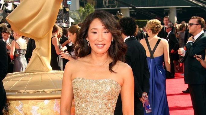 Sandra Oh arrives at the 61st Primetime Emmy Awards held at the Nokia Theatre on September 20, 2009 in Los Angeles, California.