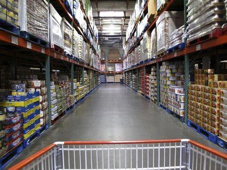 U.S. wholesale inventories fall in October