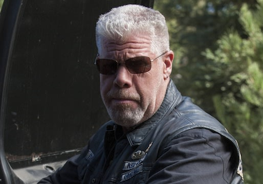 Sons of Anarchy&#39;s Ron Perlman on Clay&#39;s &#39;Cathartic&#39; Breakdown and Potential Comeback