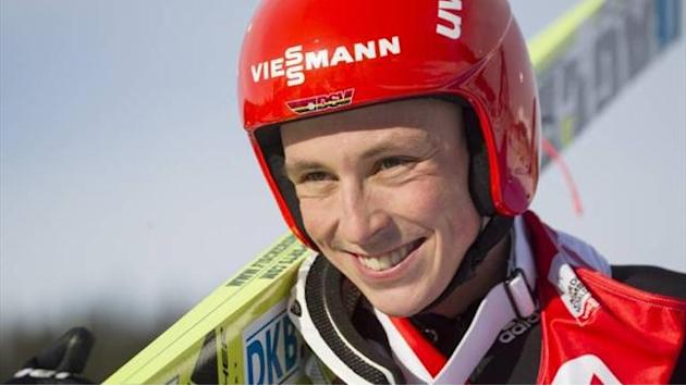 Nordic Combined - Frenzel sprints to win, secures world title