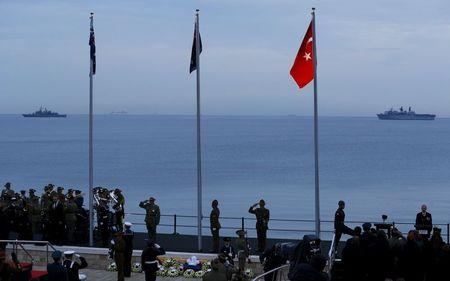 Thousands gather at Gallipoli to mark centenary of WW1 battle