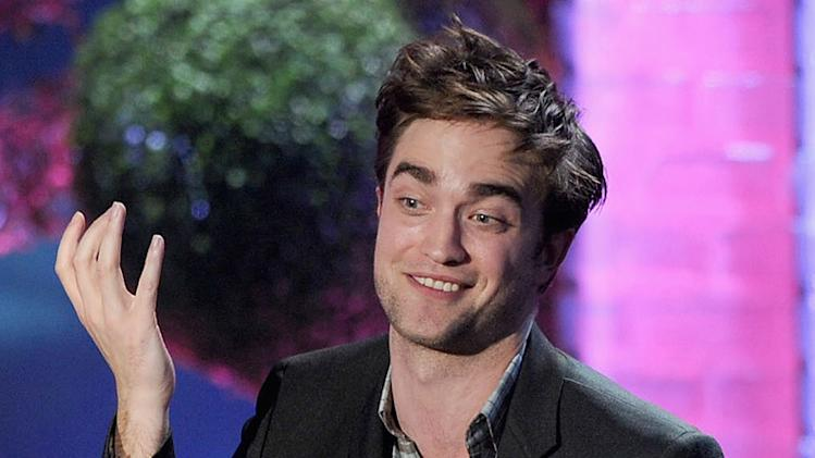 Robert Pattinson Gossip Cop
