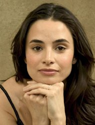 Mia Maestro, Dari 'TWILIGHT' Jadi The Next Elizabeth Taylor