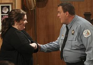 CBS Pulls Mike & Molly Tornado-Themed Finale From Monday Line-Up