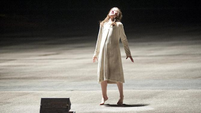 """In this undated publicity photo released by Lionsgate, Natasha Calis stars as Em in the film, """"The Possession.""""  (AP Photo/Lionsgate, Diyah Pera)"""