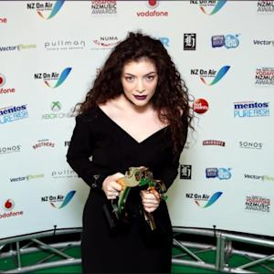 Lorde SLAMS Drake & Nicki Minaj! Calls Them