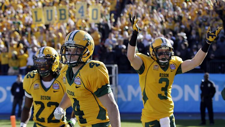 N Dakota St 3rd FCS title in row, 35-7 over Towson