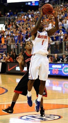 Beal ends slump as No. 19 Gators top Georgia 70-48