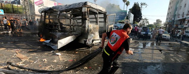 Israel and Hamas agree on 72-hour cease-fire. (Reuters)
