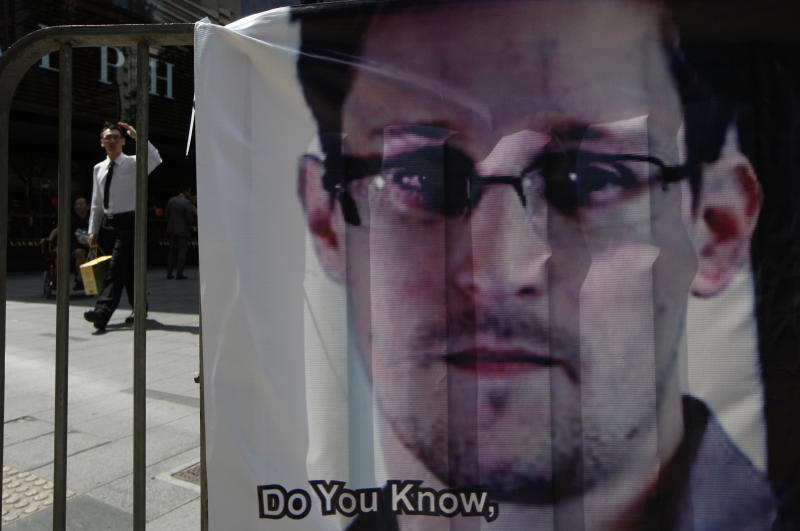 Iceland businessman says plane ready for Snowden