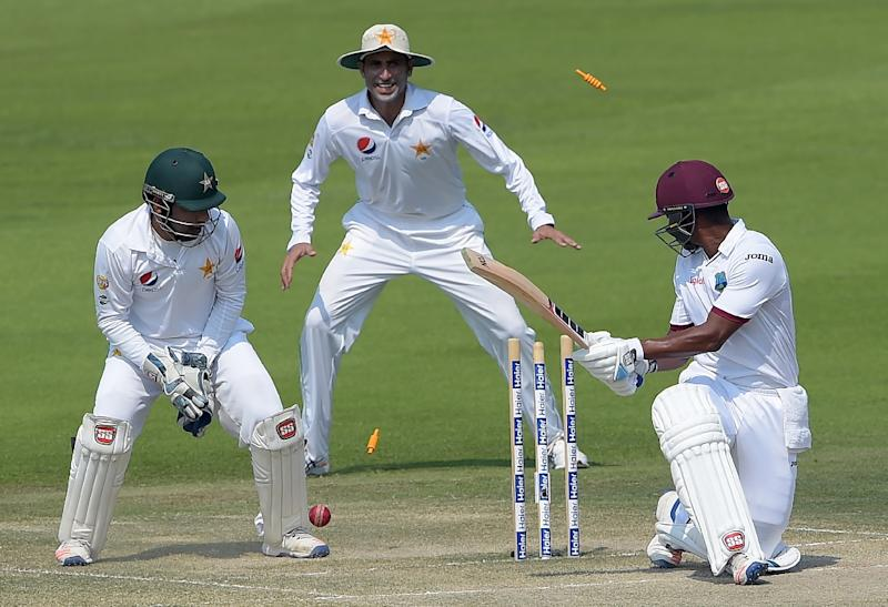 Brathwaite carries bat as West Indies bowled out for 337