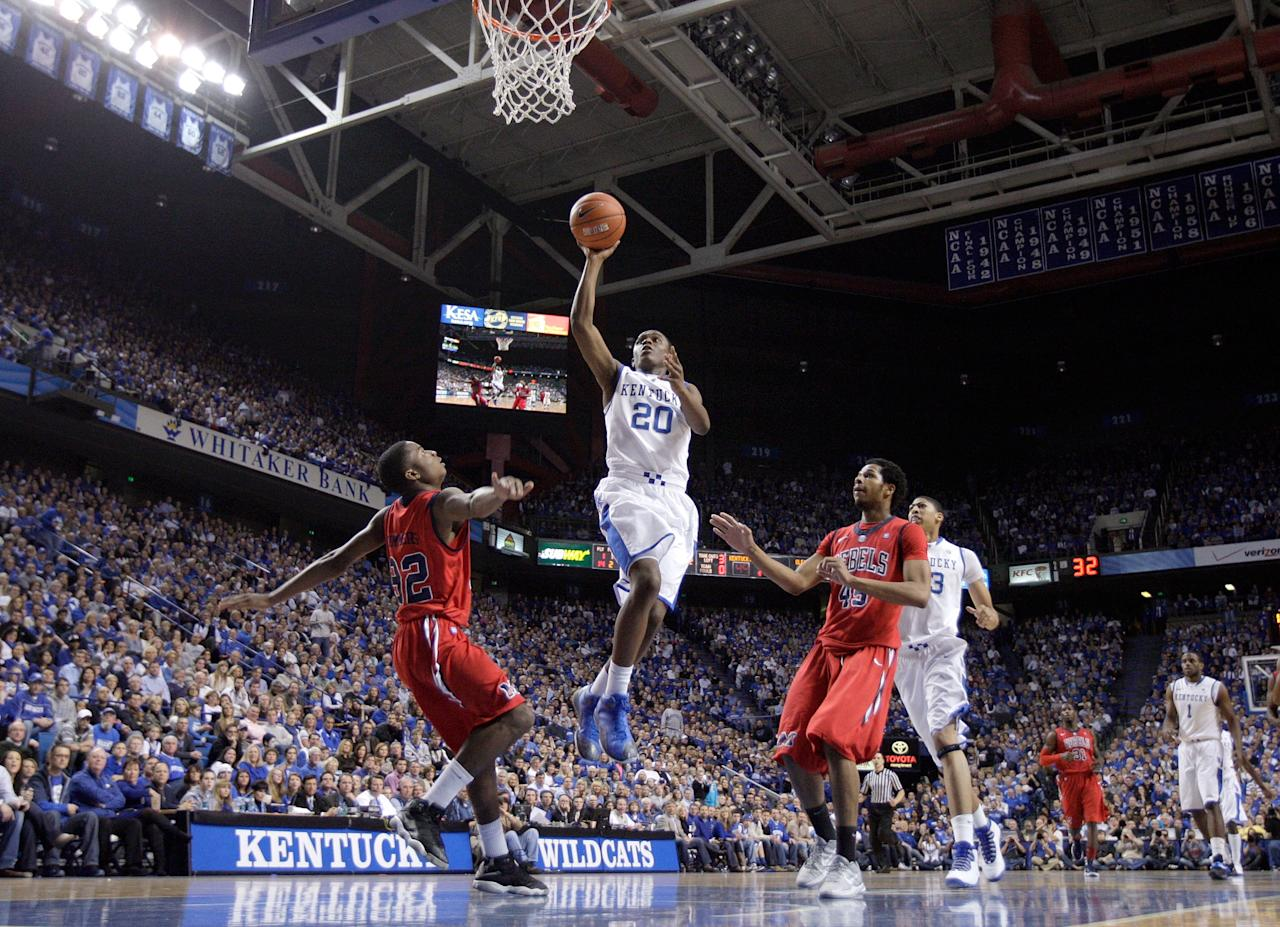 LEXINGTON, KY - FEBRUARY 18:  Doron Lamb #20 of the Kentucky Wildcats shoots the ball during the game against the Ole Miss Rebels at Rupp Arena on February 18, 2012 in Lexington, Kentucky.  (Photo by Andy Lyons/Getty Images)