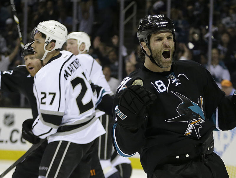 Sharks take 2-0 series lead with 7-2 win vs. Kings