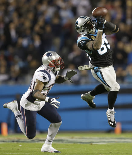 Dealing with injuries, Pats' defense faces Manning
