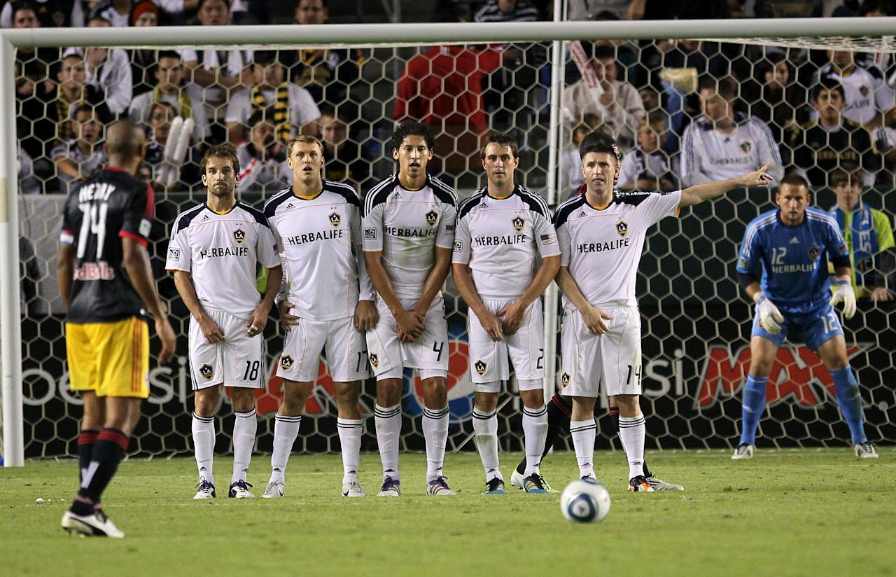 CARSON, CA - NOVEMBER 03:  The Los Angeles Galaxy set up a wall to defend a free kick by Thierry Henry #14 of the New York Red Bulls in their Western Conference Semifinal at The Home Depot Center on September 9, 2011 in Carson, California.  The Galaxy won 2-1 to advance to the Conference Finals.  (Photo by Stephen Dunn/Getty Images)
