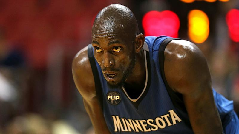 Timberwolves working on buyout with Garnett